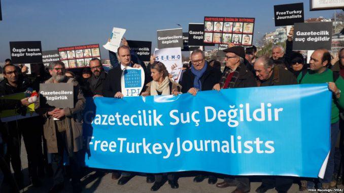 Istanbul_Mahnwache-678x381
